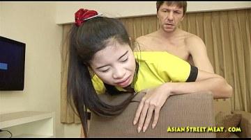 สาวนักยิมนาสติกตั้งถ่ายอัดหนังโป๊ โชว์วิธีการแหกหีให้ผู้ชายเย็ดแบบเข้าลึกสุด ๆ XXX แบบแตกคาหี